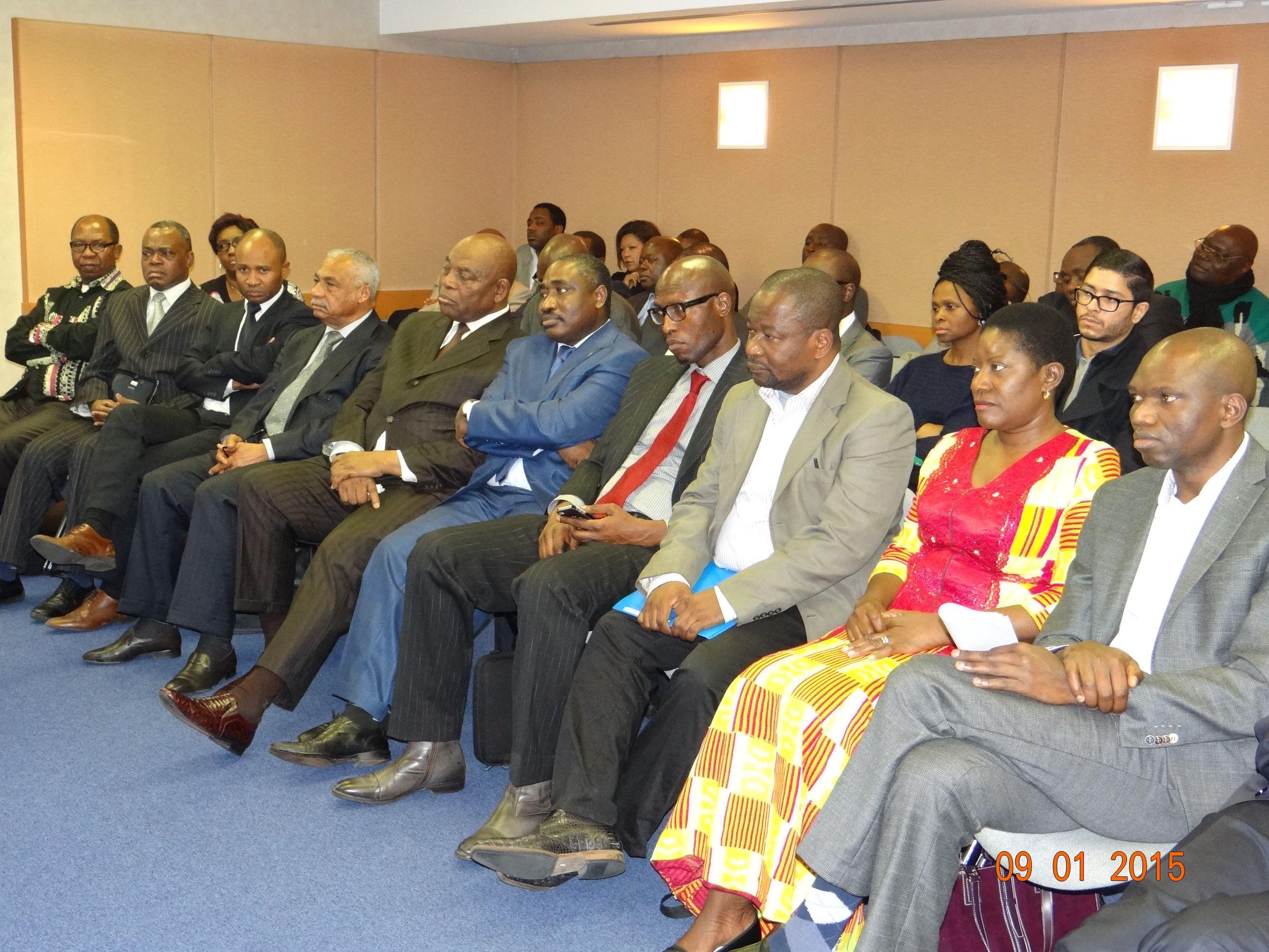 Les opposants africains se retrouvent paris pour la for Chambre de commerce du congo brazzaville